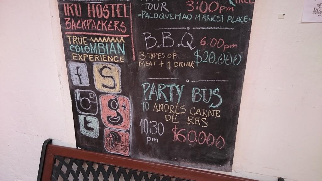 Hostel Sue sin reklame om partybussen (Foto: Tarjei)
